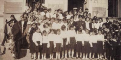 Figlie della lupa nella Nuraminis d'età fascista
