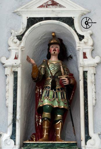 Sant'Efisio (XVIII secolo). Legno intagliato e policromato, Bottega del Lonis. Chiesa parrocchiale Nuraminis